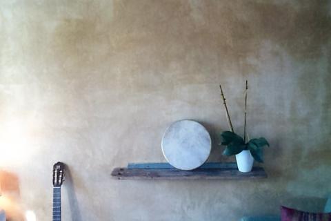reforma estuco pintura de cal humedades masia pintura natural defango reformas bioconstruccion ecoreforma