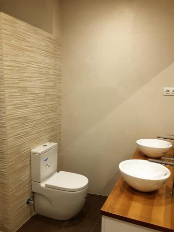 reforma piso baño estuco natural bioconstruccion bioreforma